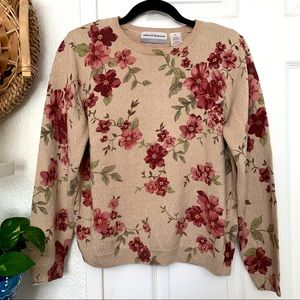 Alfred Dunner crew neck floral pullover